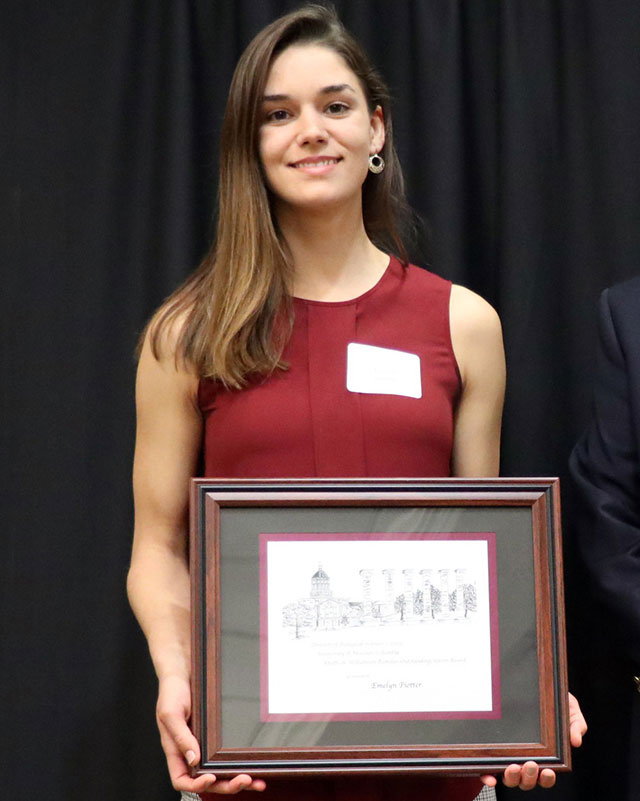 Emelyn Piotter was awarded the Knotts and Williamson Families Endowment in Biological Sciences Award.